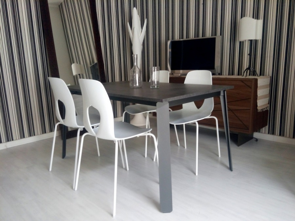 Alma extendable table by Tonin Casa with metal structure and ...