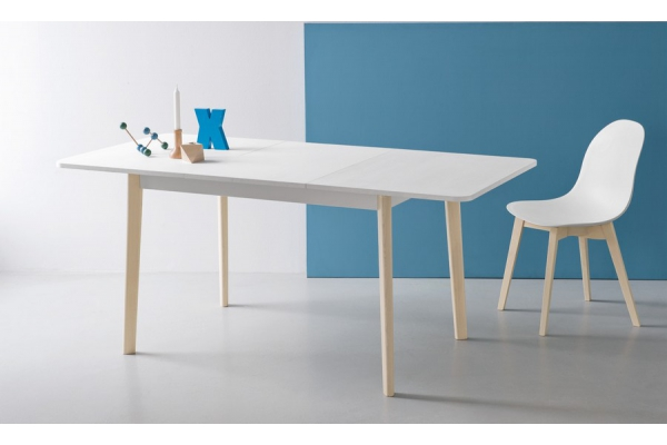 Dub table by Connubia by Calligaris in Scandinavian style in melamine