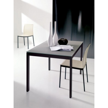 Extendable Eos table by Ingenia Bontempi
