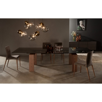 Tonin Casa Brooklyn's fixed or extendable table